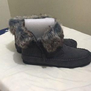Madden Girls faux fur short boots
